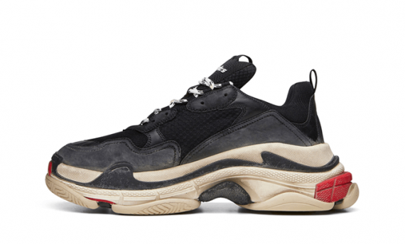 BALENCIAGA TRIPLE S TRAINERS BLACK/RED